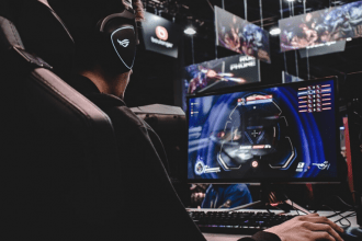 Multiplayer Video Games: a Language-learning Opportunity